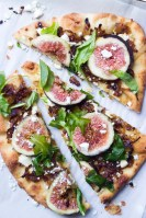 fig arugale blue cheese pizetta